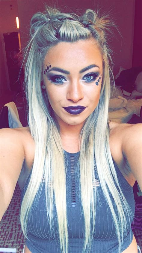 hairstyles for rave party 25 best ideas about concert hair on pinterest concert