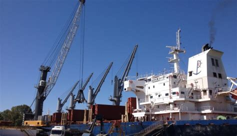 r 233 cord en el puerto al llegar un barco con 14 000 - Llegar Un Barco Al Puerto
