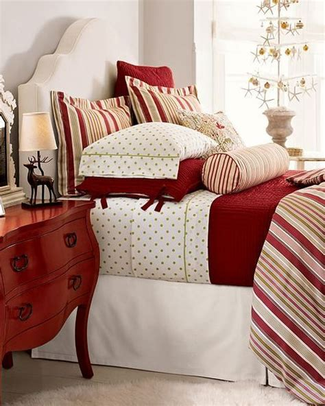 pottery barn christmas bedding 49 best images about christmas bedrooms on pinterest