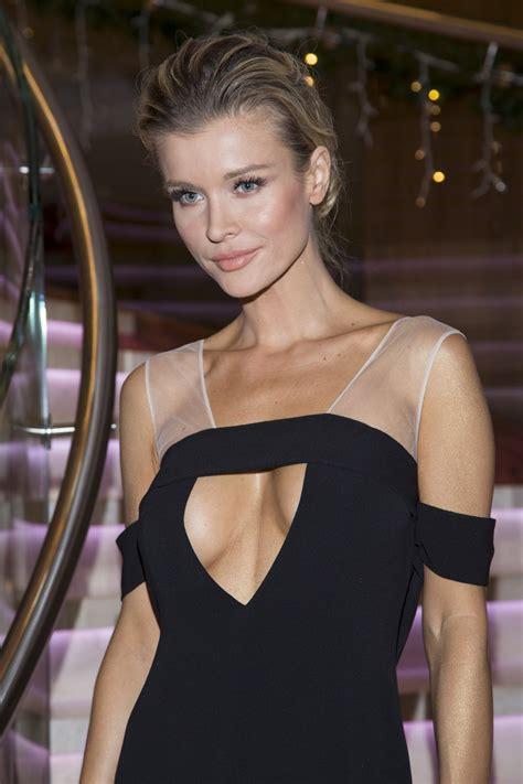 Vanity New York Joanna Krupa 2 Celebs Home