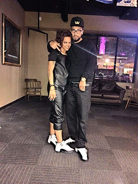 air jordan 12 couples c the blac out taxis jordan s couple swaggeration