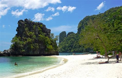 best cambodian beaches the whitest beaches in cambodia asian best hotels