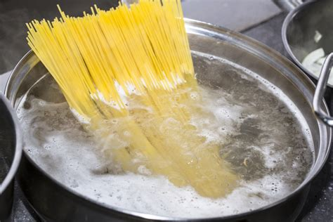 what causes pasta to froth