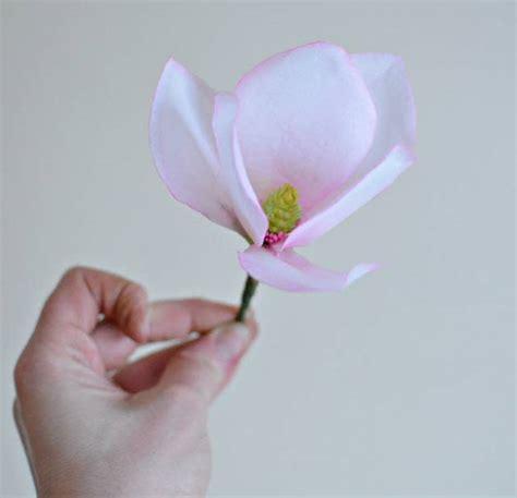 magnolia paper flower tutorial wafer paper magnolia cakesdecor