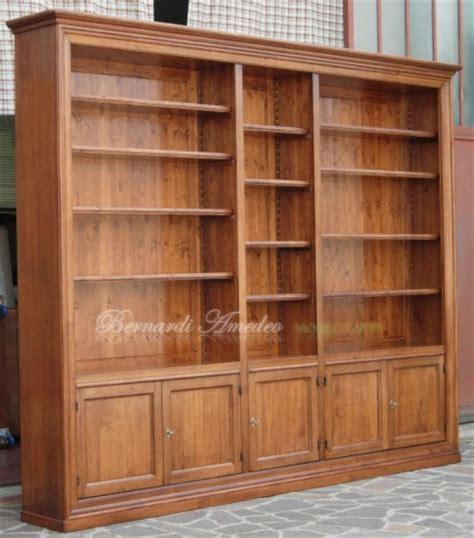 librerie legno massello libreria in legno massello con 5 ante ros 224