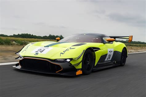 Who Makes Aston Martin Cars by Aston Martin Vulcan Amr Pro Makes Goodwood Debut Auto