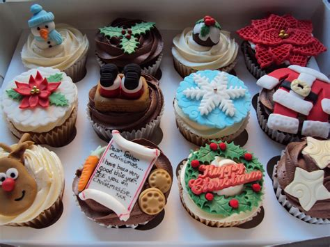 christmas cupcake decorating ideas christmas lights