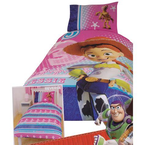 toy story bedroom set childrens kids girls toy story jessie reversible quilt duvet bedding set