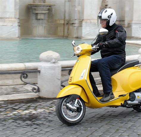 Mobile Motorrad Vespa 125 by Honda Cb 650f Ein G 252 Nstiges Motorrad Muss Nicht Billig