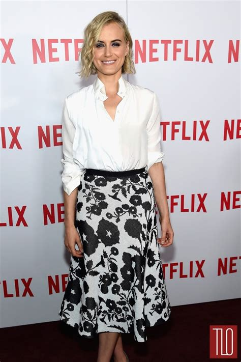 Longsleeve Fyc schilling in vionnet at orange is the new black