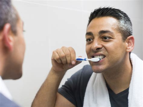 Exercising Teeth The Way by Do You Brush Your Teeth The Right Way Easy Health Options 174
