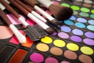 Schools For Makeup Artistry Answers To Your Hair Amp Skin Care Questions Cosmetology Facts