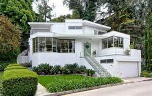 Small Homes For Sale Los Angeles Kesling S Quot Skinner House Quot Lingers On The Los Angeles