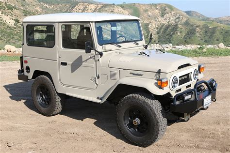 land cruiser fj40 tlc 1976 restored toyota land cruiser fj40 v8