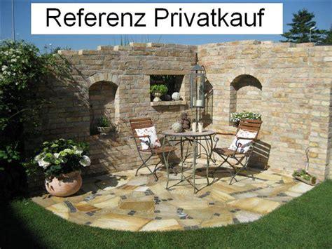 ruinenmauer mit fenster historische ziegel antik klinker backsteine ruinenmauer