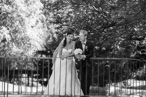 Adelaide Botanic Gardens Weddings Adelaide Botanic Gardens Wedding Photographyhelen Page Photography