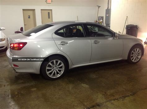 lexus is two door 2006 lexus is250 base sedan 4 door 2 5l