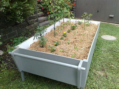 Get Rolling With Mobile Vegetable Garden Urban Gardens Mobile Vegetable Garden
