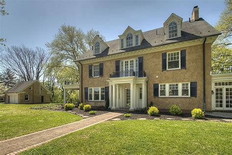 buy a house in pennsylvania update taylor swift s childhood home in pa sells for 700 000
