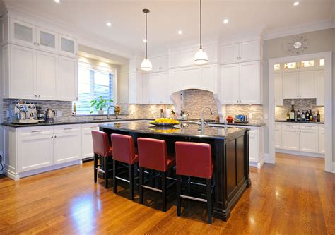 kitchen cabinets etobicoke laurel etobicoke toronto custom kitchen and bathroom