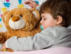 unruhiger schlaf baby unruhiger schlaf beim kleinkind was tun