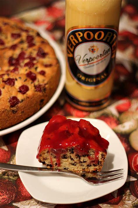 weihnachtlicher kuchen im glas weihnachtlicher schoko kirsch kuchen mit verpoorten