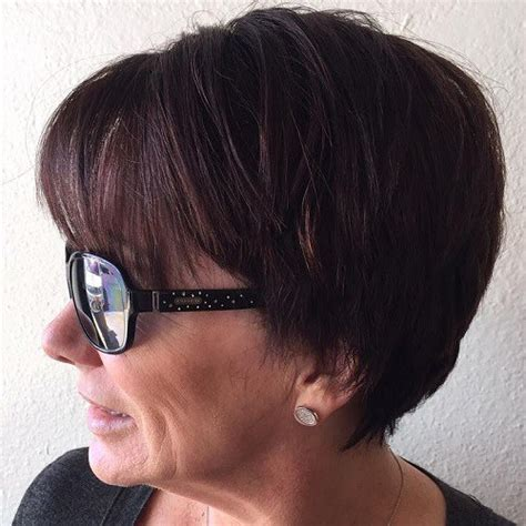 how to layer ladies short hair with clippers 90 classy and simple short hairstyles for women over 50