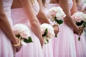 bridesmaid flowers wedding at vincigliata castle fiesole francisflowers it