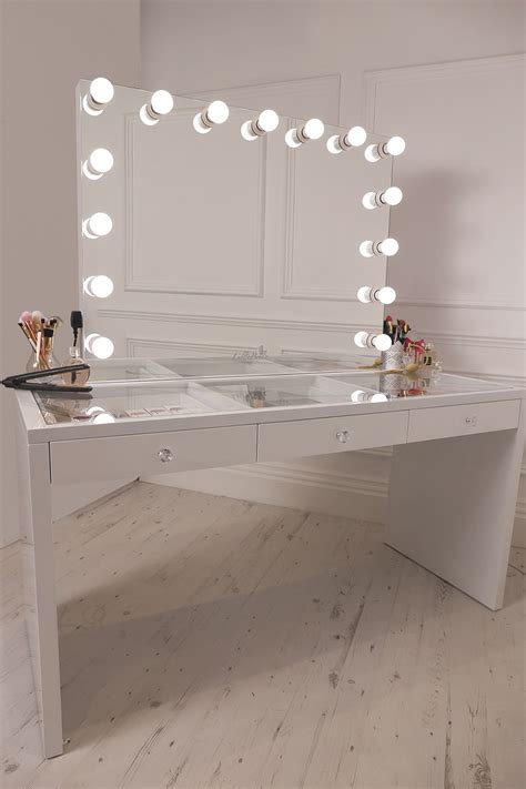 Glass Makeup Vanity Table Crisp White Finish Slaystation Make Up Vanity With Premium Storage Three Spacious Drawers