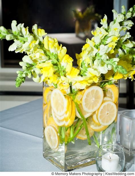 Decorate Wedding Tables With Fruits/Veggies