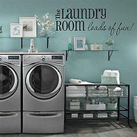 Decorating Laundry Room Walls by 25 Best Ideas About Laundry Room Colors On
