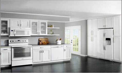 kitchens with colored cabinets cream colored kitchen cabinets kitchen design