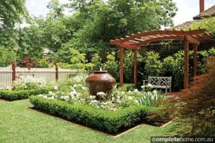 Tiny Backyard Designs 10 Front Garden Design Tips Completehome