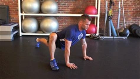 hip mobility stretch exercise