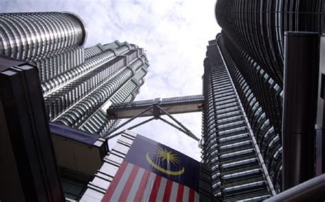 Ekonomi Manajerial Dan Strategi Bisnis 2 Edisi 8 Michael R Baye strategi malaysia bangun kawasan ekonomi khusus tempo bisnis