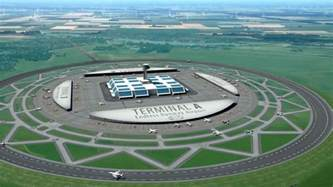 9 Degree Interior Dutch Scientist Proposes Circular Runways For Airport