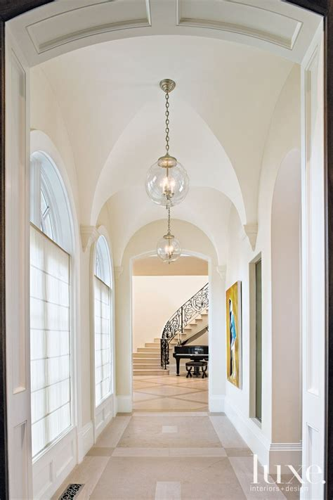 vaulted foyer 25 best ideas about lantern ceiling lights on