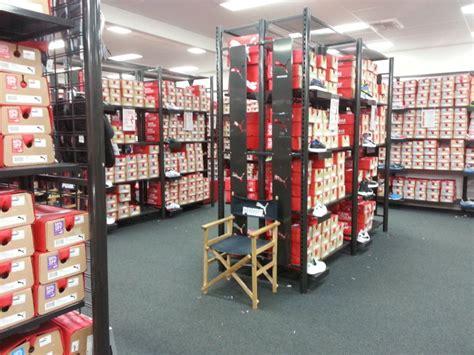 shoe warehouse factory outlet melbourne