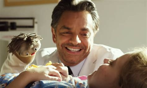 Miracle From Heaven En Eugenio Derbez En Miracles From Heaven Cine Entrevistas Rese 241 As Televisi 243 N