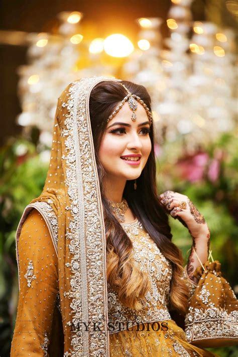 mayoon pakistani wedding outfits wedding bridesmaids