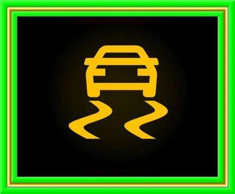 arabalarda en sik yanan ariza lambalari ne anlama geliyor