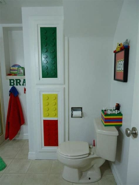 Lego Bathroom Decor by Best 25 Lego Bathroom Ideas On Lego Boys Rooms Lego Bedroom And Boys Lego Bedroom