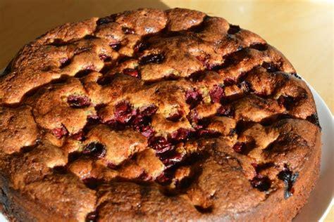 kirsch schoko nuss kuchen schokoladiger nuss kirsch kuchen kochschl 228 ger