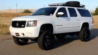 Chevrolet Suburban Lifted Custom Chevrolet Suburban Lifted Road Wheels