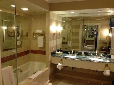 bathroom picture of venetian resort hotel casino las