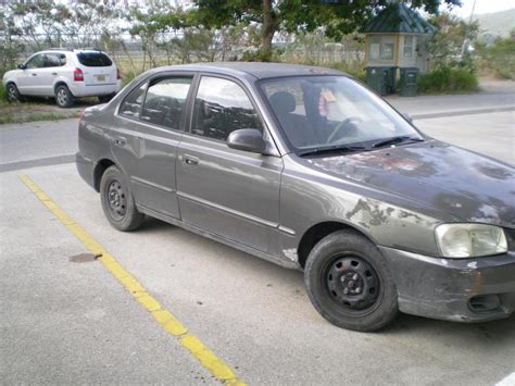 Hyundai 2001 Accent by 2001 Hyundai Accent Information And Photos Zombiedrive