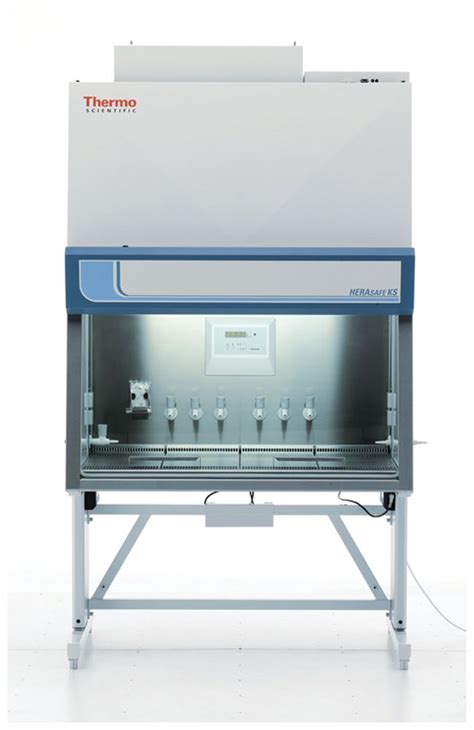cleaning a biological safety cabinet herasafe ks nsf class ii type a2 biological safety