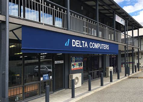 apple sign and awning fascia awning applecross awnings perth commercial umbrellas perth wa