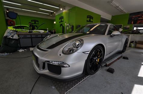 porsche wrapped that s a wrap 2017 porsche 911 r gets a new matte