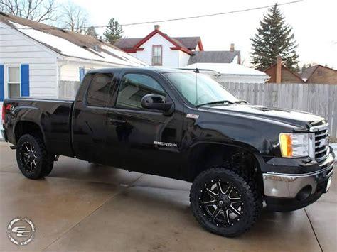 gmc 1500 tires 2012 gmc 1500 20x9 fuel offroad toyo lt285 55r20